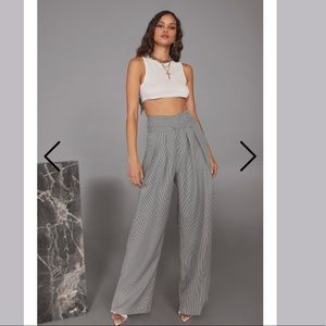 NWT wide leg houndstooth pants
